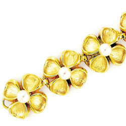 14k Yellow Gold Round Cultured Pearl Bracelet Exceptional Quality Solid Design