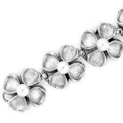 14k White Gold Round Cultured Pearl Bracelet Exceptional Quality Solid Design