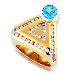Revolutionary 14 ct Yellow Gold Topaz & Diamond Ring