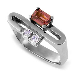 Emerald-cut Rhodolite and Diamond 18kt White Gold