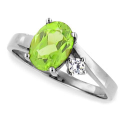 14kt White Gold Ring Cool Green Oval Peridot and Diamond