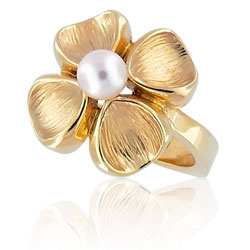 Pearl 18kt Yellow Gold Ring
